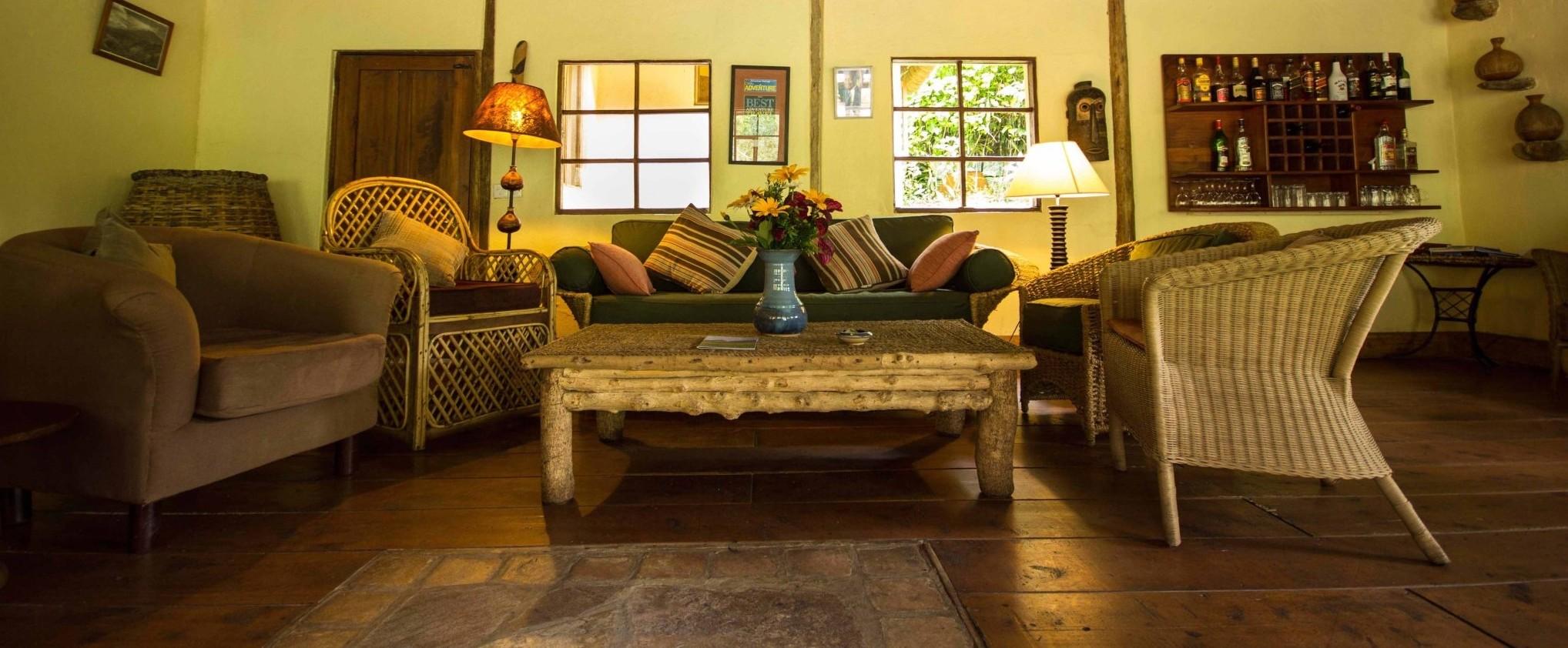 Bwindi-Lodge-Interior
