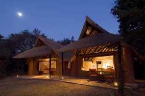 Nkwala-Cottage-Exterior.jpg